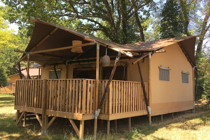 Glamping en Ardèche, séjour en Safari Lodge