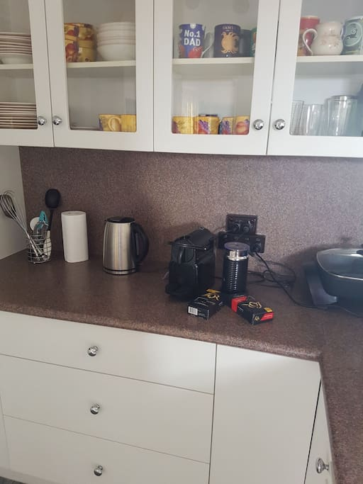 Coffee Maker and Kitchen Appliances