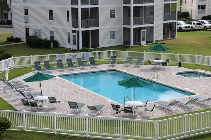 Golf & Beach Retreat | 2BR 2BA | Pool, Near Ocean!