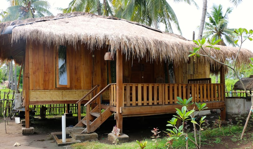 "Alix Bungalows ""Family House"""