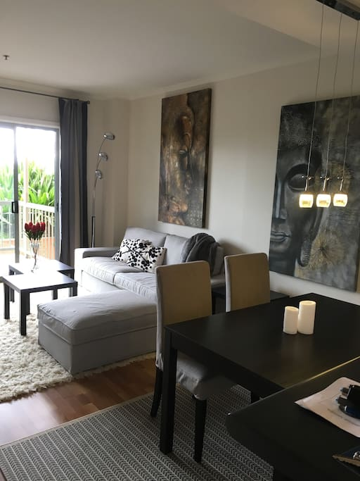 Darling Harbour Icc Spacious 1 Bedroom Apartment Apartments For Rent In Pyrmont New South