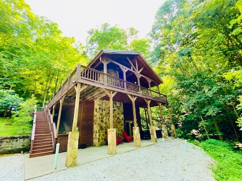 Lakewood Cabin RRG, hot tub, LUX, no cleaning fee!