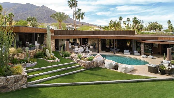 Palm Springs Modern - Cielo