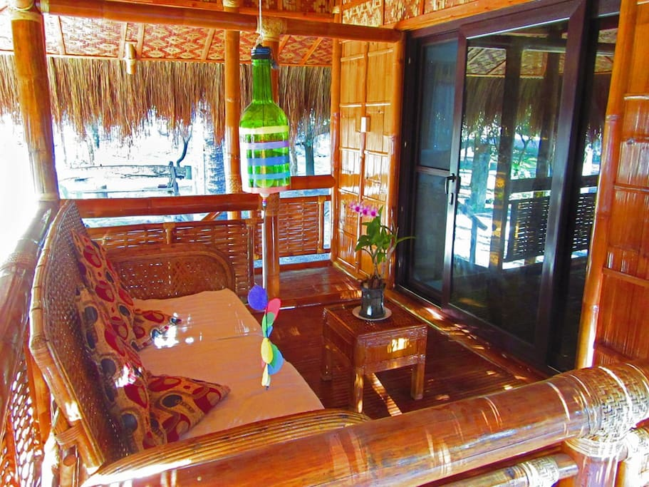 Spacious bamboo porch to enjoy the fresh breeze.