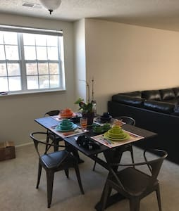 Quiet Apartment / easy access I65 - Indianapolis