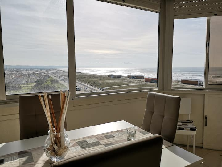 THE BEACH 3! Caparica SeaView ShortStay Apartment