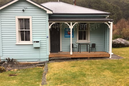 Arthur's Pass Cottage