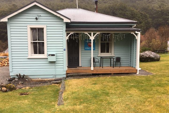 Arthur's Pass Cottage