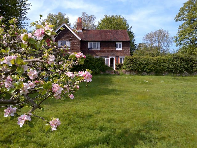 Idyllic rural South Downs cottage near Ditchling