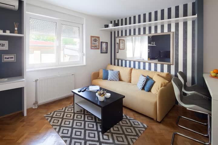 Modern & bright in vibrant area Grbavica