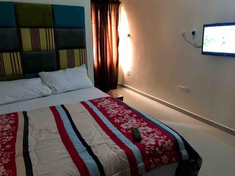 Comfy En-suite Beside Lagos Business School