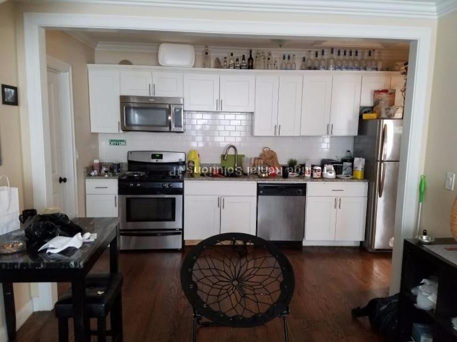 main room (living room, kitchen)
