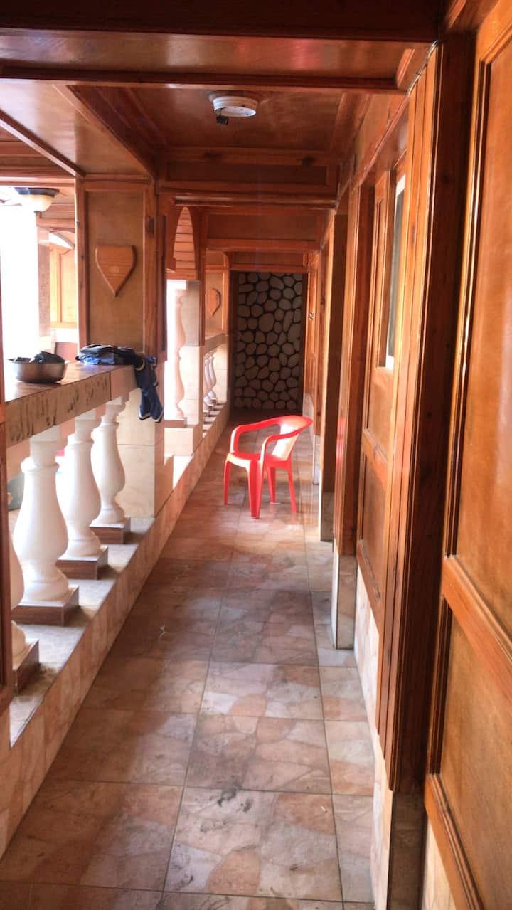 Lorina rooms