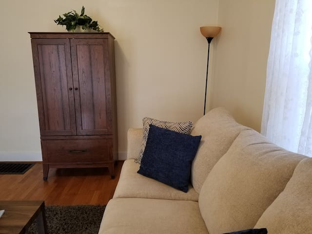 SINGLE NIGHT STAY -DOG & BUDGET FRIENDLY