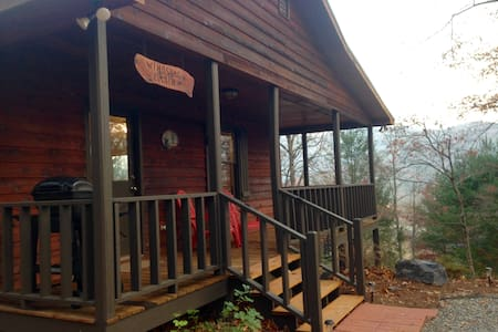 Windsong Cabin in the North Ga Mountains - Hiawassee - Sommerhus/hytte