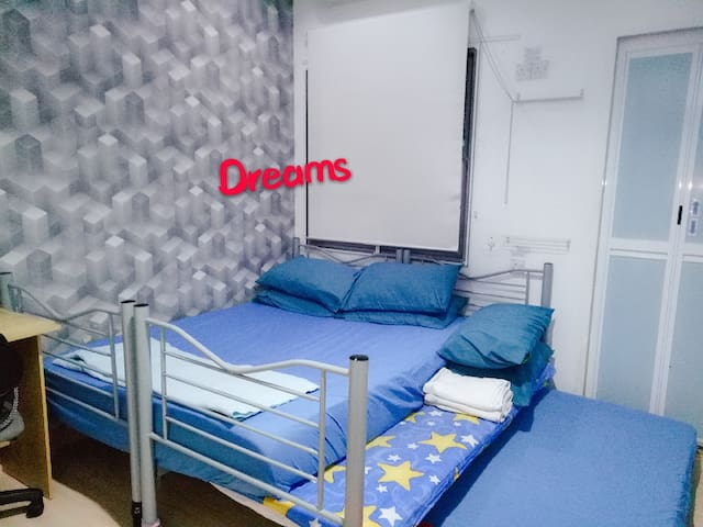 2 Private AC Basic Rooms for 4-5pax @ Sunway