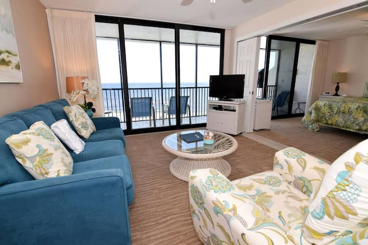 SUNDIAL A406  ONE BEDROOM -DIRECT BEACHFRONT