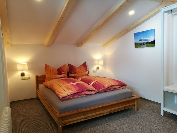 Gemütliches Dachgeschosszimmer
