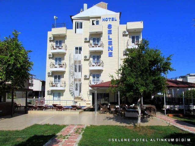 Mit Selene Hotel wird Ihr Urlab unvergesslich!