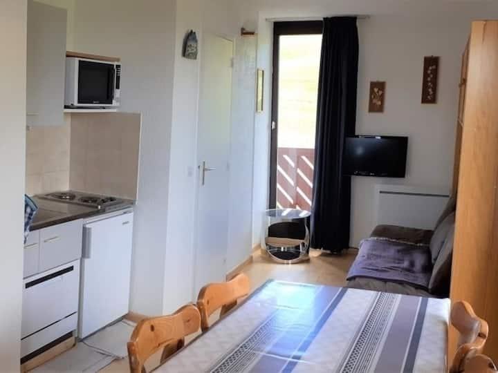 6 pers. 32 m² - 2e étage Nord-Est - FR-1-417-123
