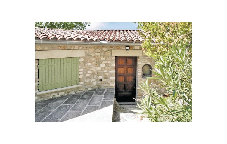 Semi-Detached with 2 bedrooms on 0 m² in Lauris