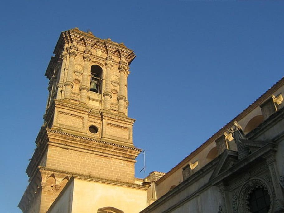 Campanile Basilica (10 metri da alloggio)