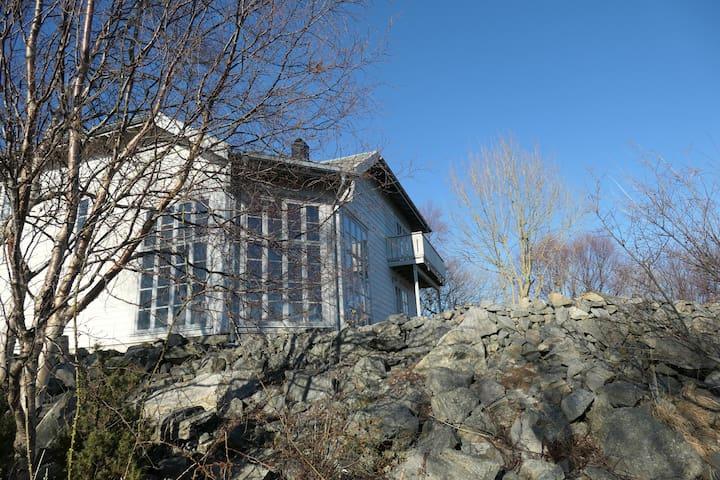 The Kathinka House - 10 minutes from Ålesund