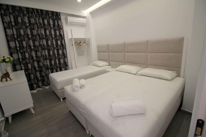 Edina tripple room!