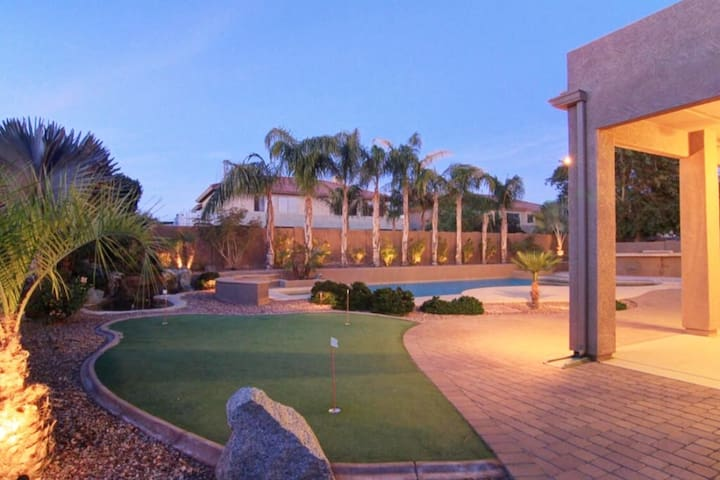 5 Star Gated Resort home 6-br, 5-bath 5000k Sq ft.