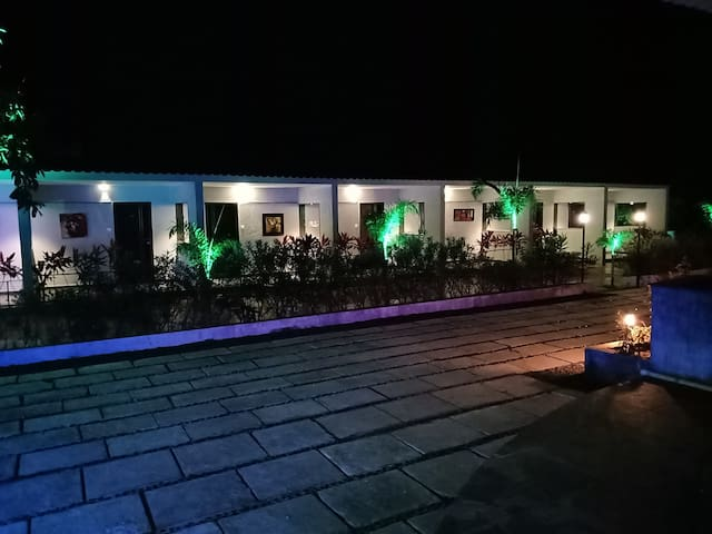 Raanjanhills resort