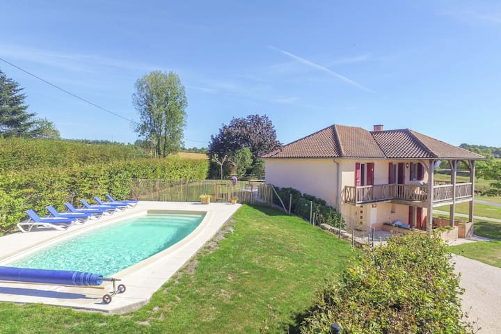 Detached house with stunning views and a private heated swimming pool.
