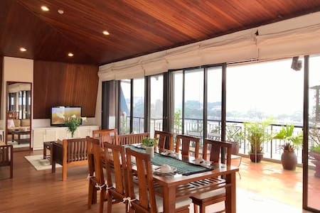 ExcellentView Truc Bach Lake/Huge Balcony 2BED APT
