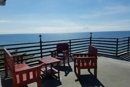 YOUR BEACH SIDE CONDO! - San Fernando - 公寓