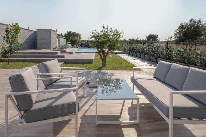 Villa Saint Laurent, piscina a 150 metri dal mare