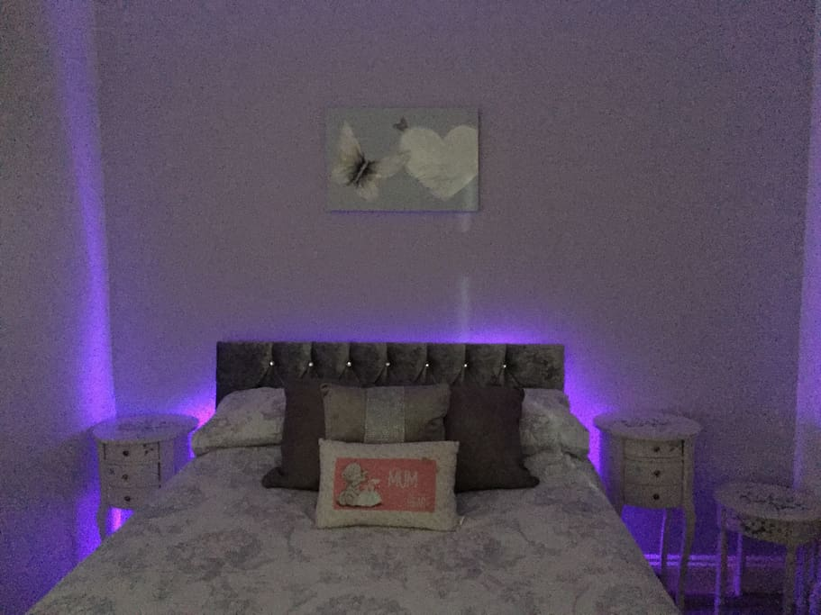 Relaxing bedroom lighting (colour changing)