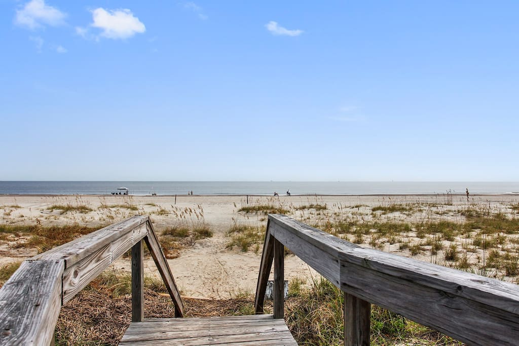 Easy beach access via the dunes walkover, with entrances directly outside the condominium.