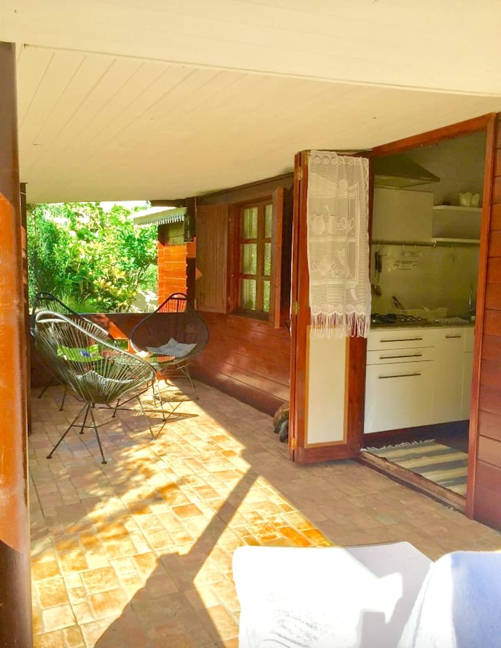 House with 2 bedrooms in Albion, with enclosed garden and WiFi - 100 m from the beach