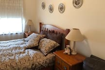 Spare queen size bed for grand parents or children travelling with you.