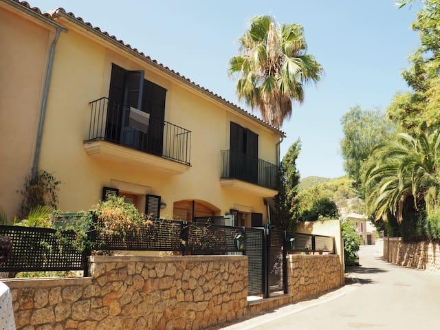 Townhouse in Alaró / Casa en Alaró