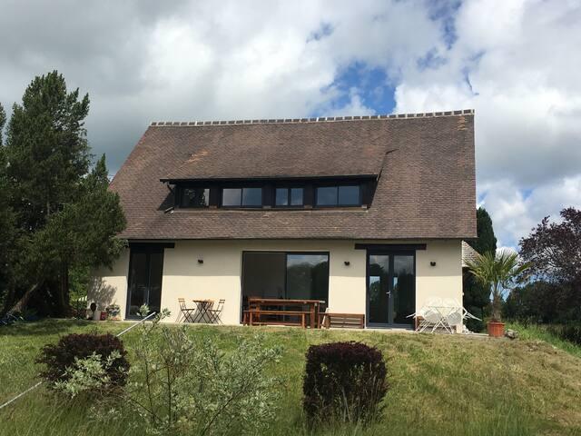 Maison avec piscine, 6 chambres, 15 min Deauville