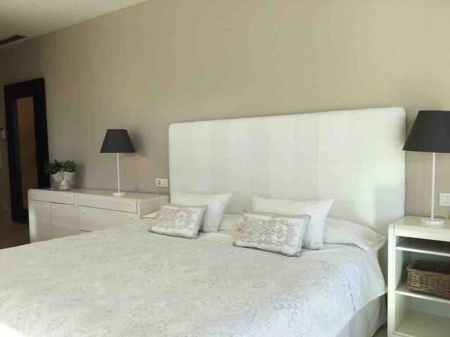 Dormitorio suite principal