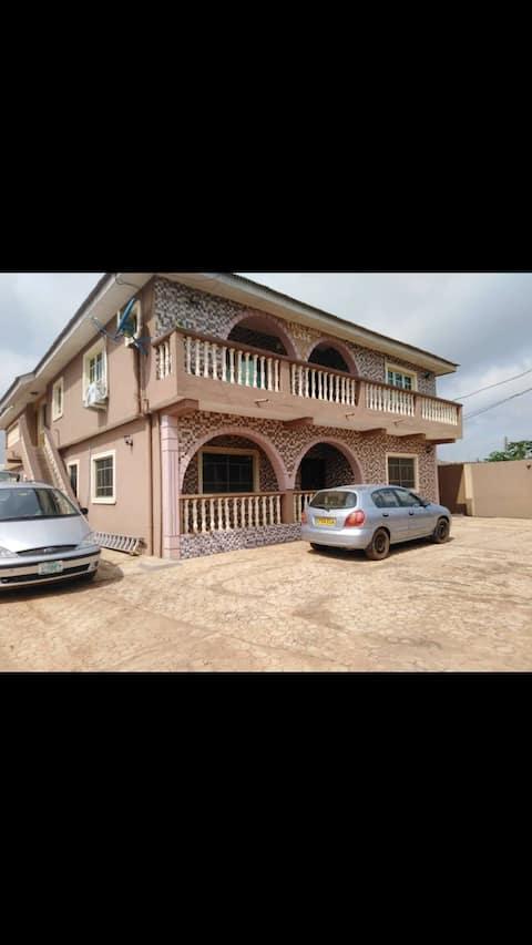 Babcock Uni  3 bedroom flat with en-suite in Iperu