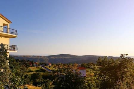 NEW! Villa Vana - Your perfect Dalmatian getaway - Žrnovnica
