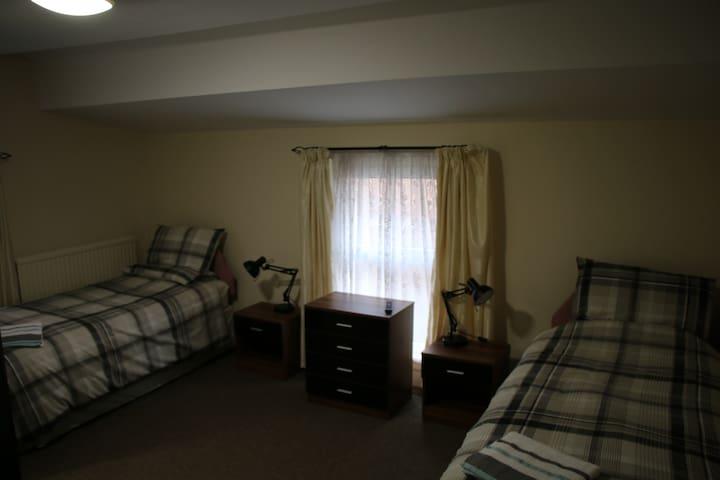 The Cross Keys room 7