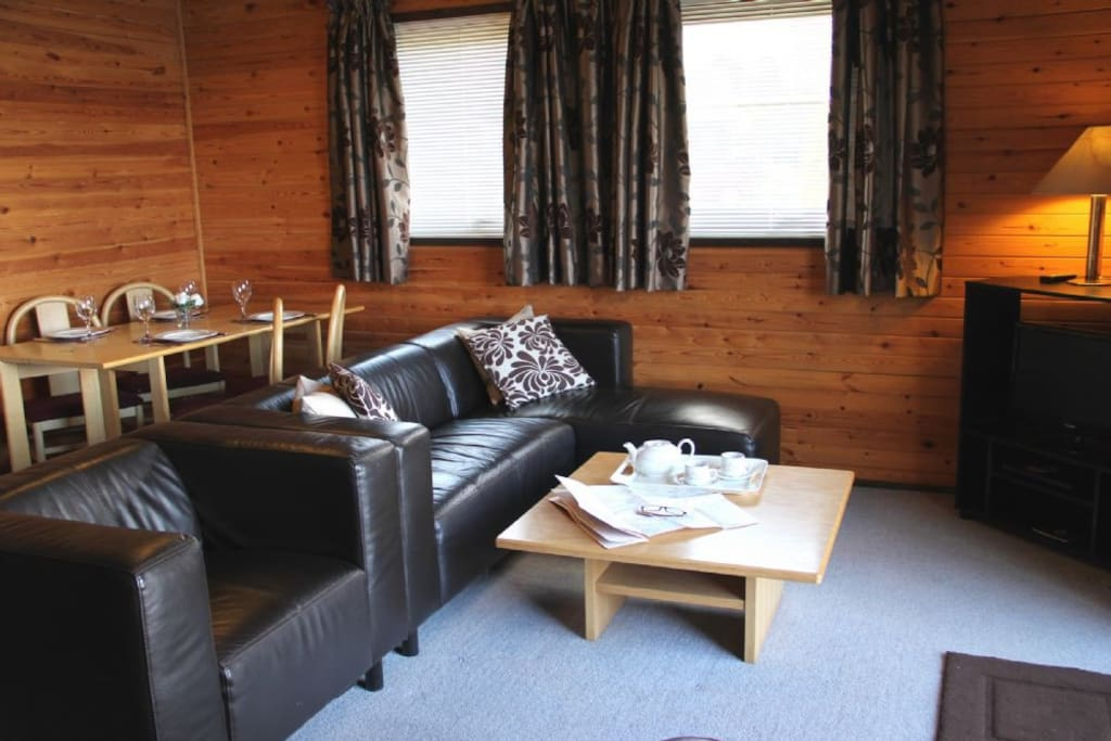Hope Lodge, Pine Lake, self catering Carnforth, Lakes Cottage Holiday