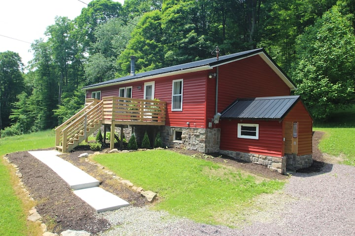 3 Bears Private Hideaway with all the amenities!
