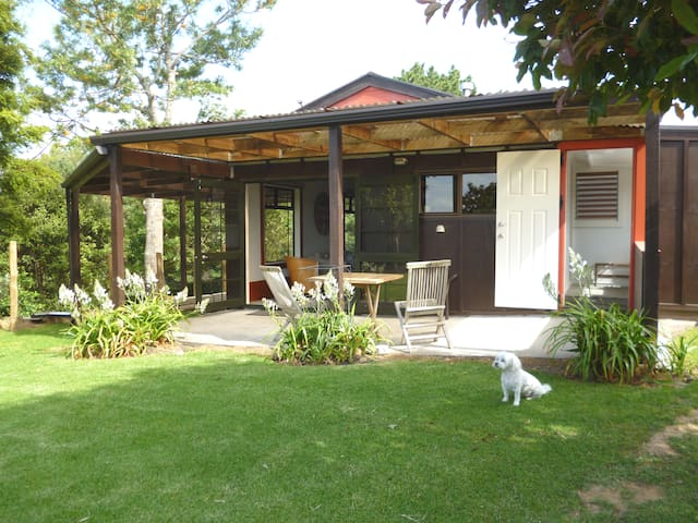 The Caddy Shack Stand Alone Country Cottage