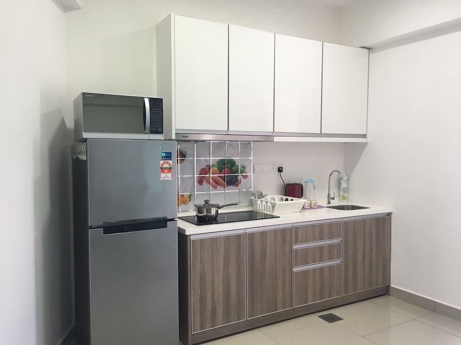 Kitchen - Dining Sets & Light cooking utensils provided.