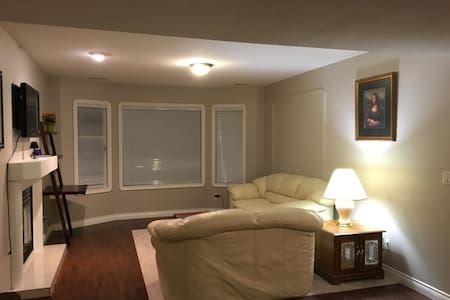 1 BDRM SUITE IN BEAUTIFUL WESTBANK