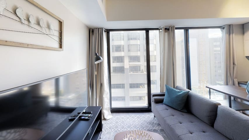 NEW Luxury independent  YORKVILLE Apt  1bd